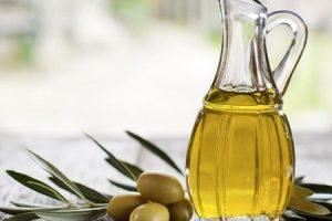 Beneficios del aceite de oliva para la piel, el cabello, la cara y la salud