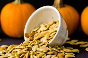 Beneficios para la salud de las semillas de calabaza o Kaddu Beej y sus datos nutricionales