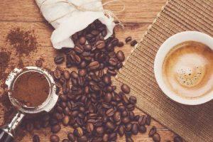 Es la cafeína adictiva La cafeína causa pérdida de peso o pérdida ósea Es la cafeína segura para mujeres y niños