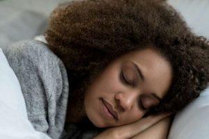 Cuánto tiempo debe esperar antes de irse a dormir después de comer