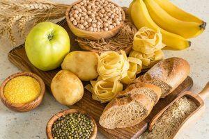 alimentos y diferentes nutrientes que calman tu mente
