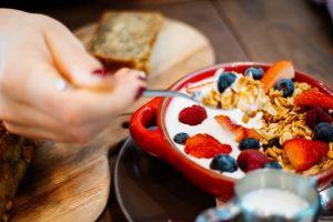 graves consecuencias de saltarse el desayuno diario