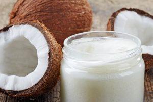 increíbles beneficios de la leche de coco para mantener la salud de la piel y el cabello